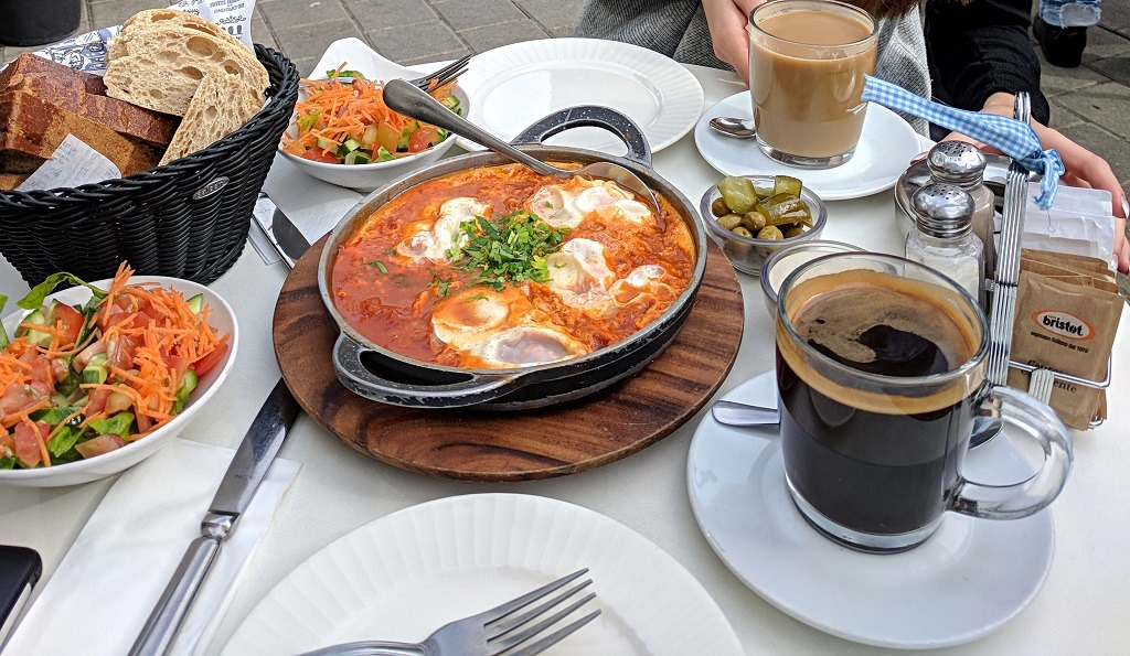 shakshuka-the-best-breakfast-in-israel