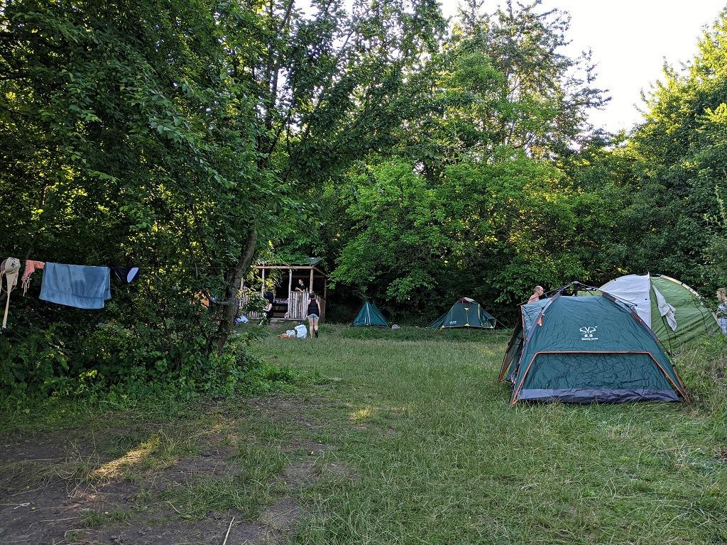 Camping in Bakota