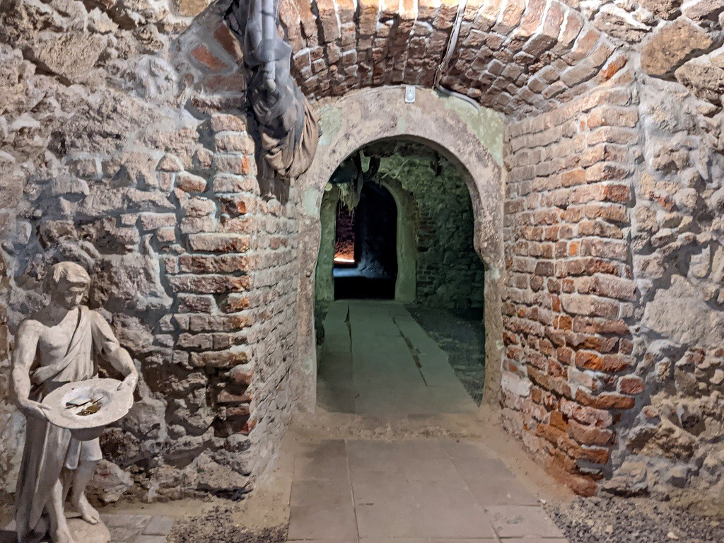 Lviv Dungeons: Dominican Cathedral