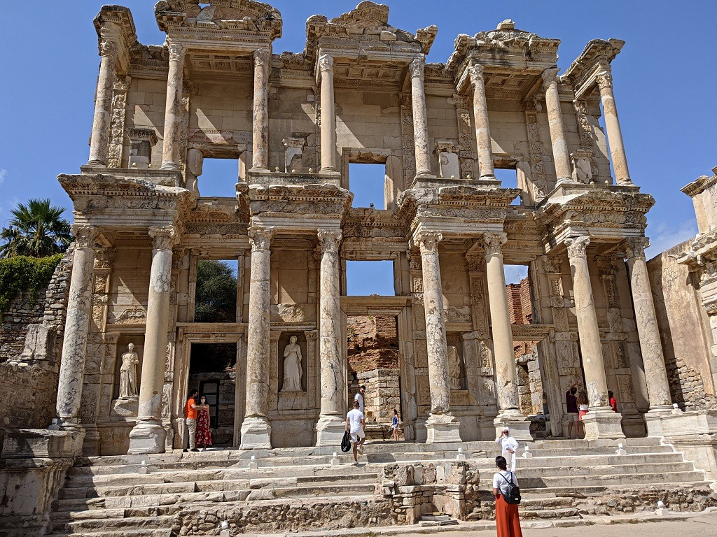how-to-visit-ephesus-from-kusadasi-by-public-transportation