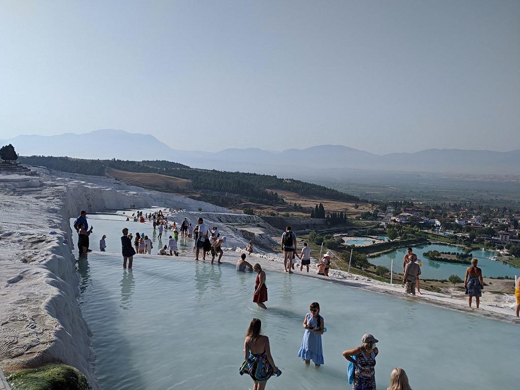 Pamukkale, tourists