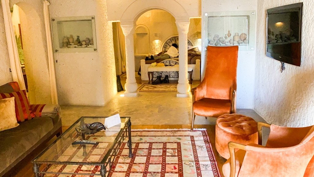 hotel-review-anatolian-houses-cave-hotel-presidential-suite-cappadocia
