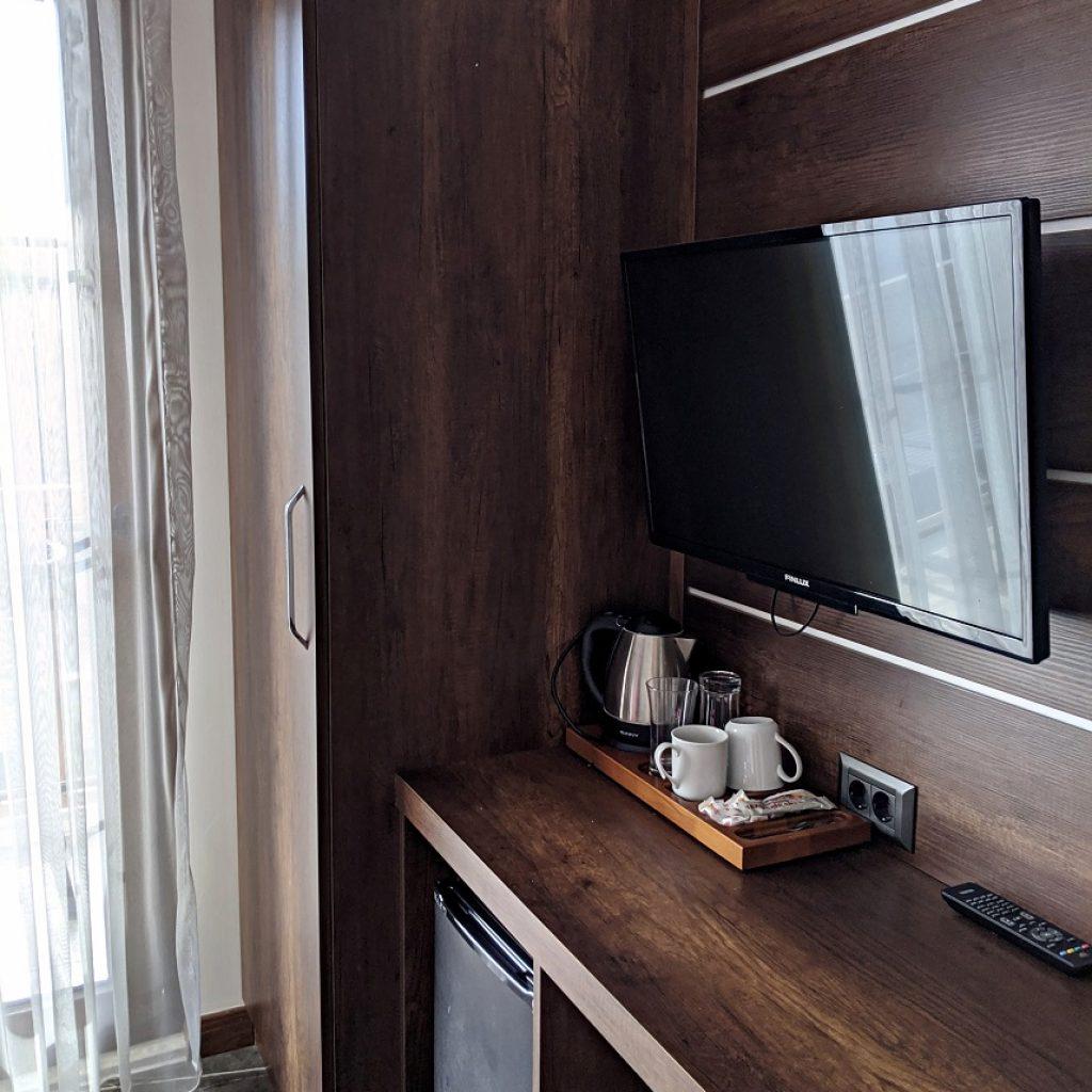 Venus Hotel, TV