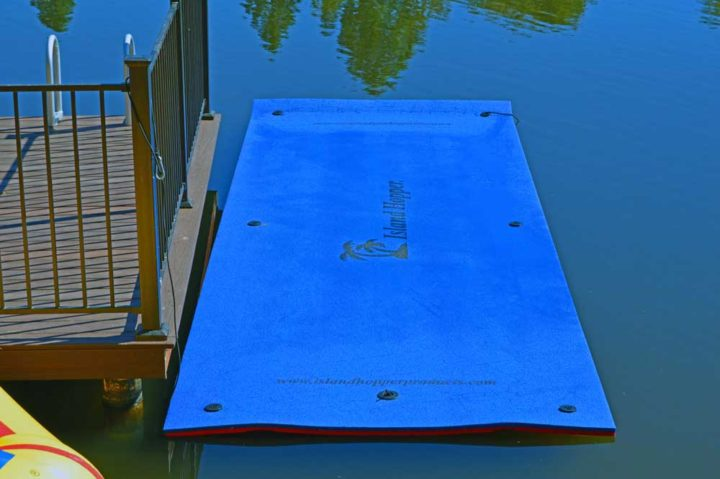 water walk side blue
