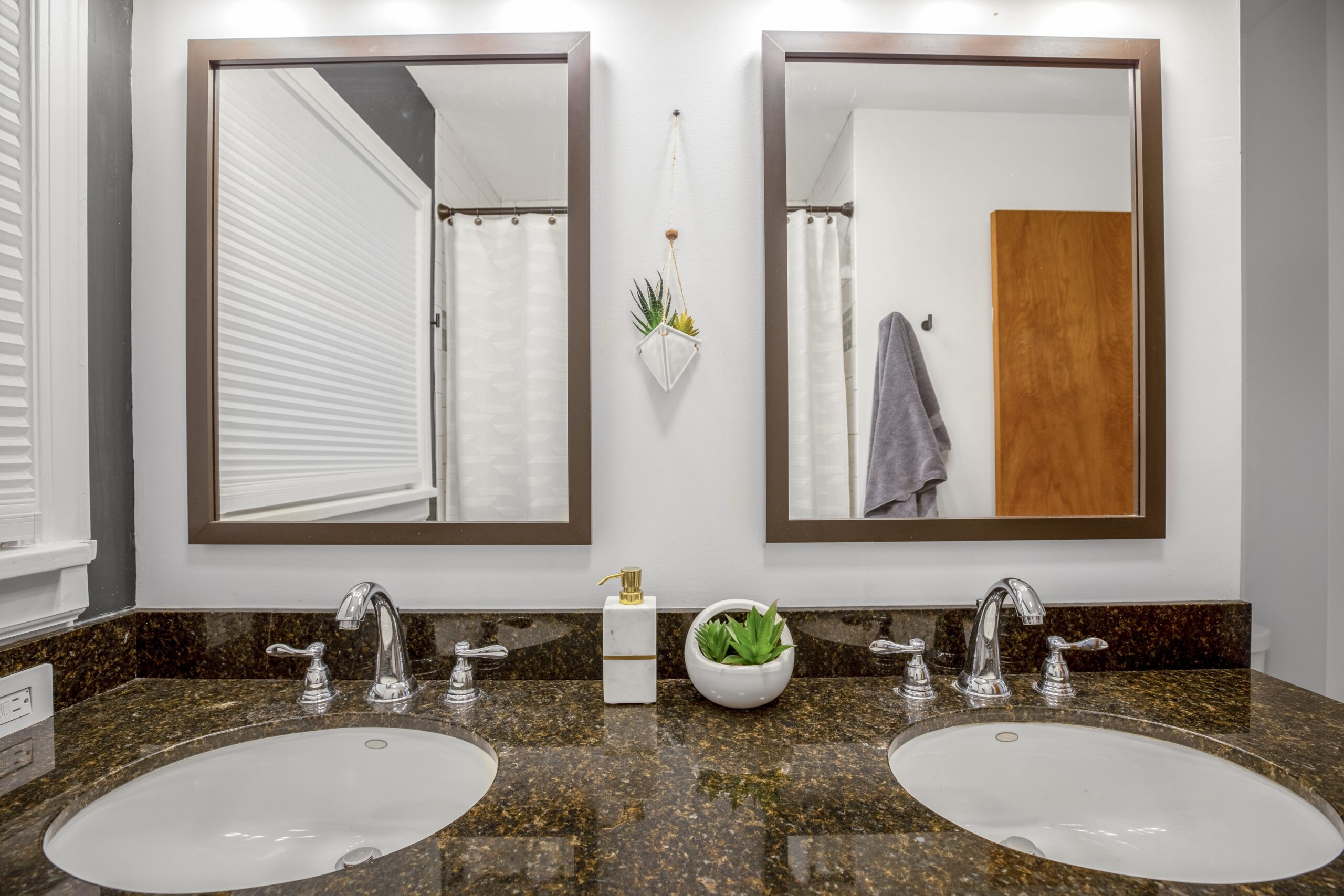 2621-3rd-avenue-south-great-falls-mt-usa-015