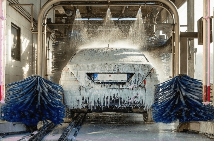 Touchless Car Washes vs. Hand Washes – Which One Is Better?