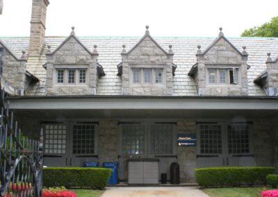 a4-architecture-salve-regina-munroe-center-exterior