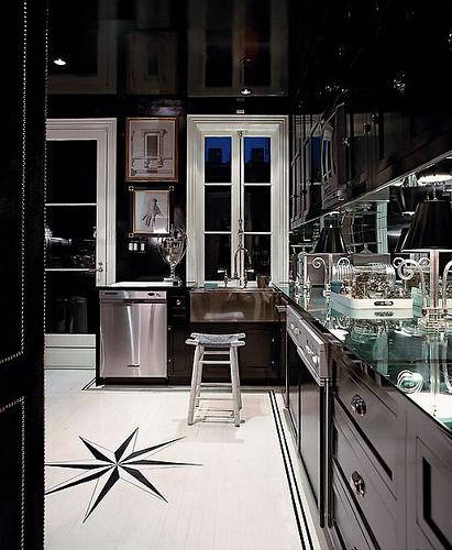 miles-redd-glass-top-black-white-kitchen