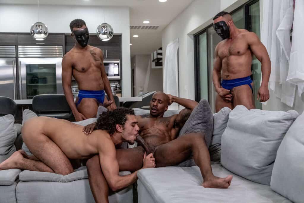 Max Konnor, Derek Cline, Noir Male, Master's Wishes