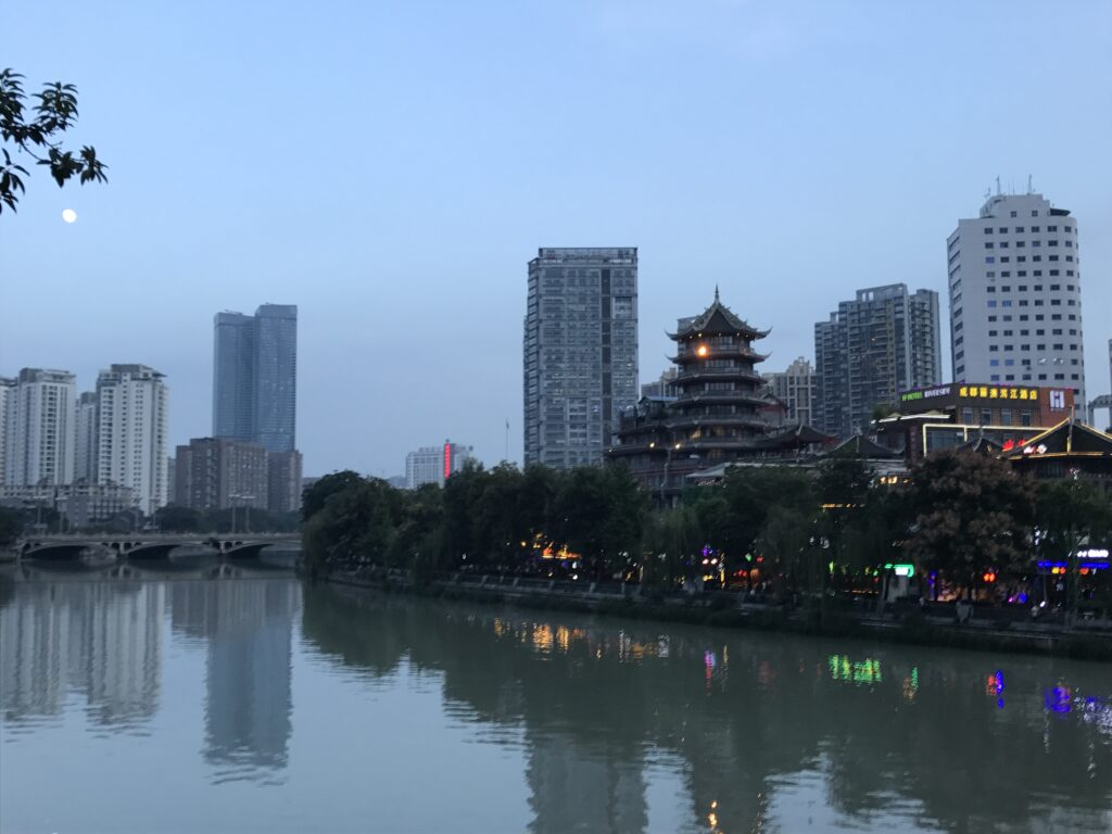 A view over Jin River from Anshun Bridge in Chengdu.