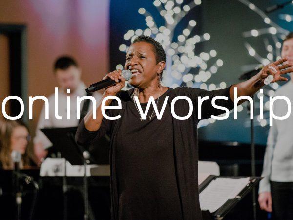 <span>Online Worship</span><i>→</i>