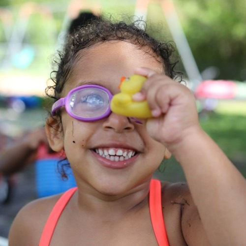 girl-with-goggles-and-rubber-ducky