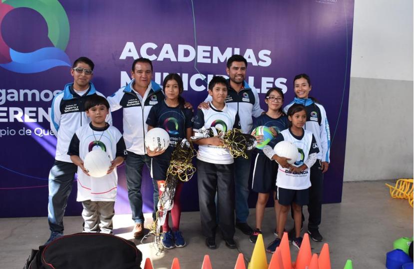 Entrega Municipio Material Deportivo a Academias Multidisciplinarias Gratuitas