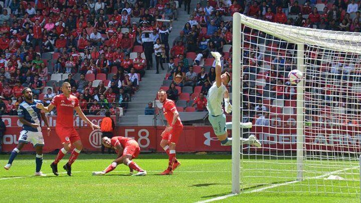 Toluca rescata el empate ante Puebla