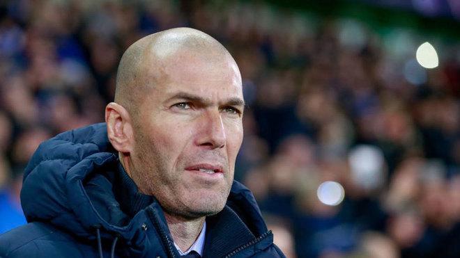 Zidane choca y afectado le pide una selfie