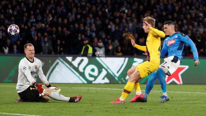 Napoli y Barcelona empataron a uno en el San Paolo