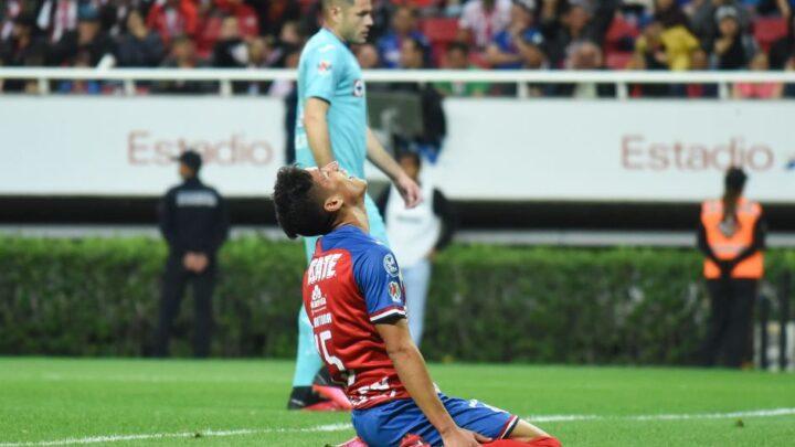Chivas cayó 1-2 en casa ante Cruz Azul