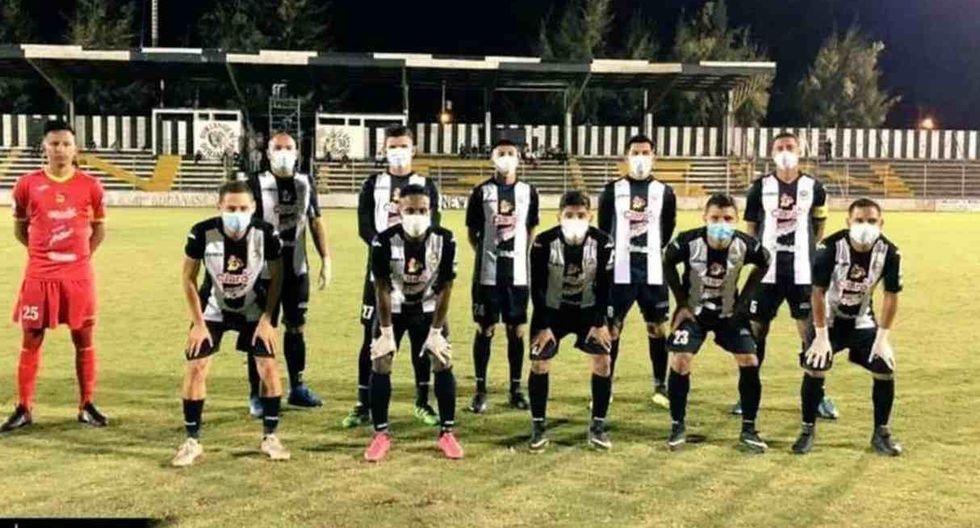 Coronavirus: futbolistas de la liga de nicaragüense jugaron con la mascarilla puesta