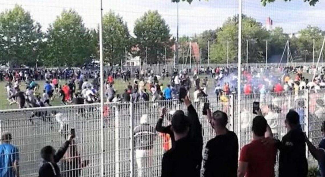 Partido de fútbol 'ilegal' reúne en Francia unas 400 personas a pesar del confinamiento