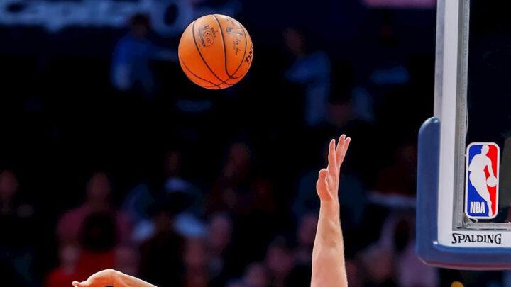 25 jugadores contagiados de coronavirus en la NBA