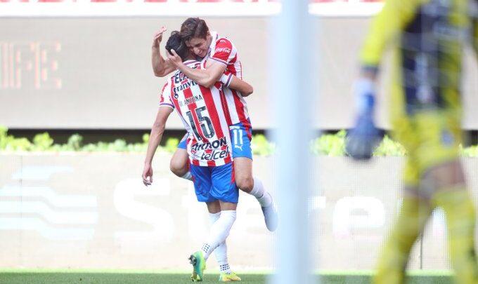 Chivas derrotó 2-1 a Atlético de San Luis