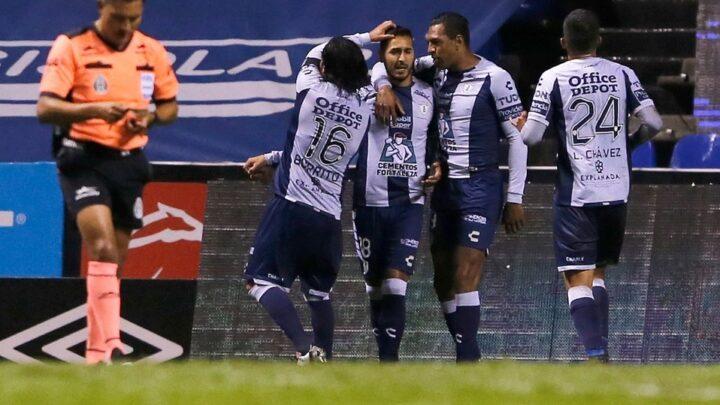 Los Tuzos derrotaron a Puebla en el estadio Cuauhtémoc