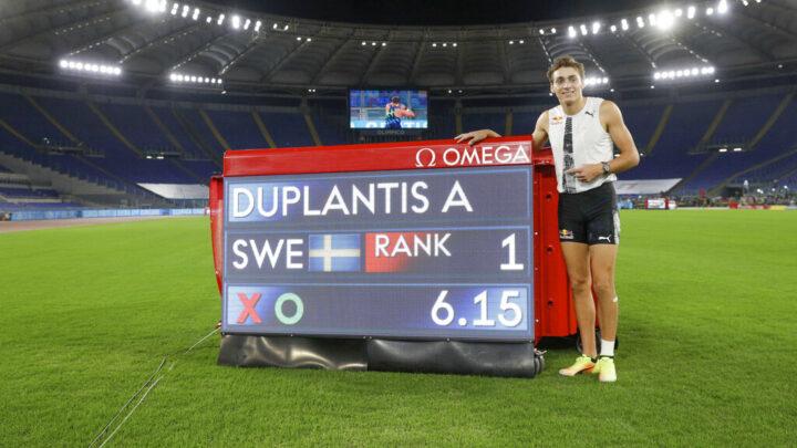 El sueco Armand Duplantis batió el récord del mundo de salto con garrocha
