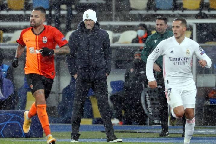 El Real Madrid complicó su clasificación en la Champions