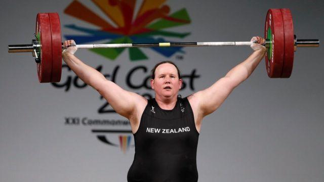 Laurel Hubbard, la primera atleta transgénero en competir en Juegos Olímpicos