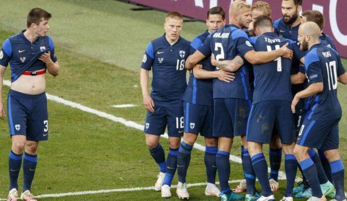 Finlandia gana a Dinamarca con gol de Pohjanpalo