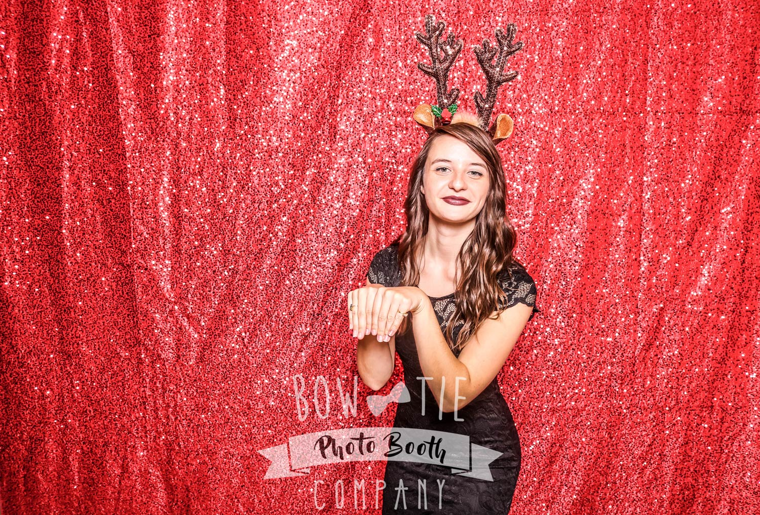 Red-Sequin-Photo-Booth-Buffalo-1