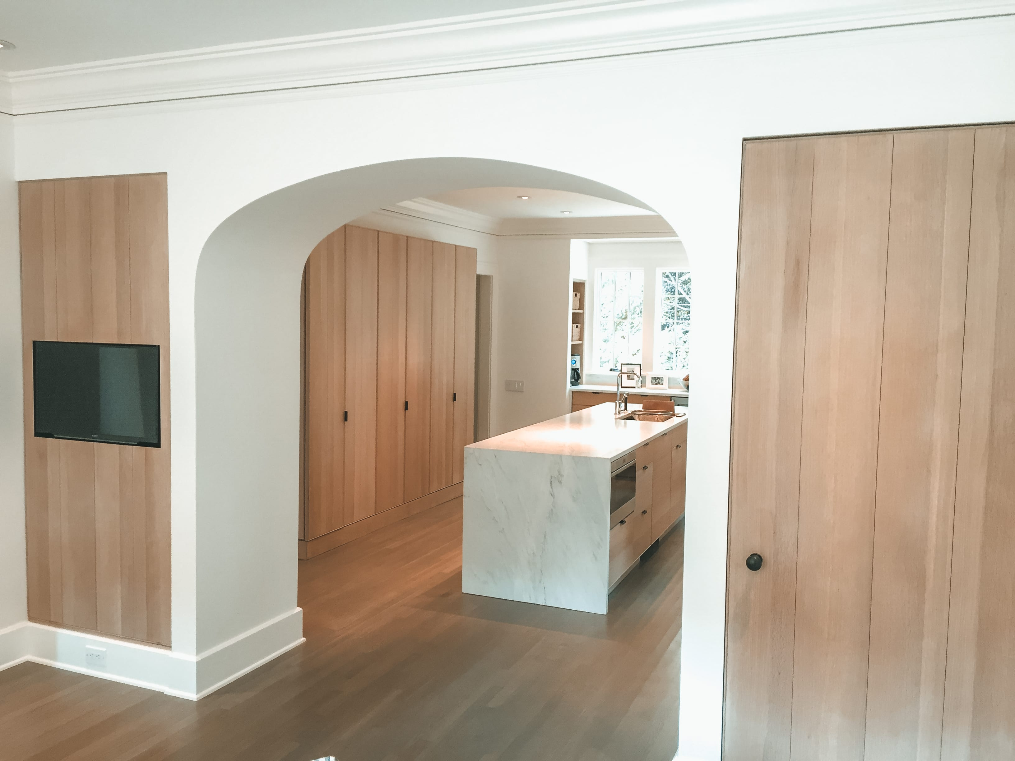 Simple White Oak Kitchen left view