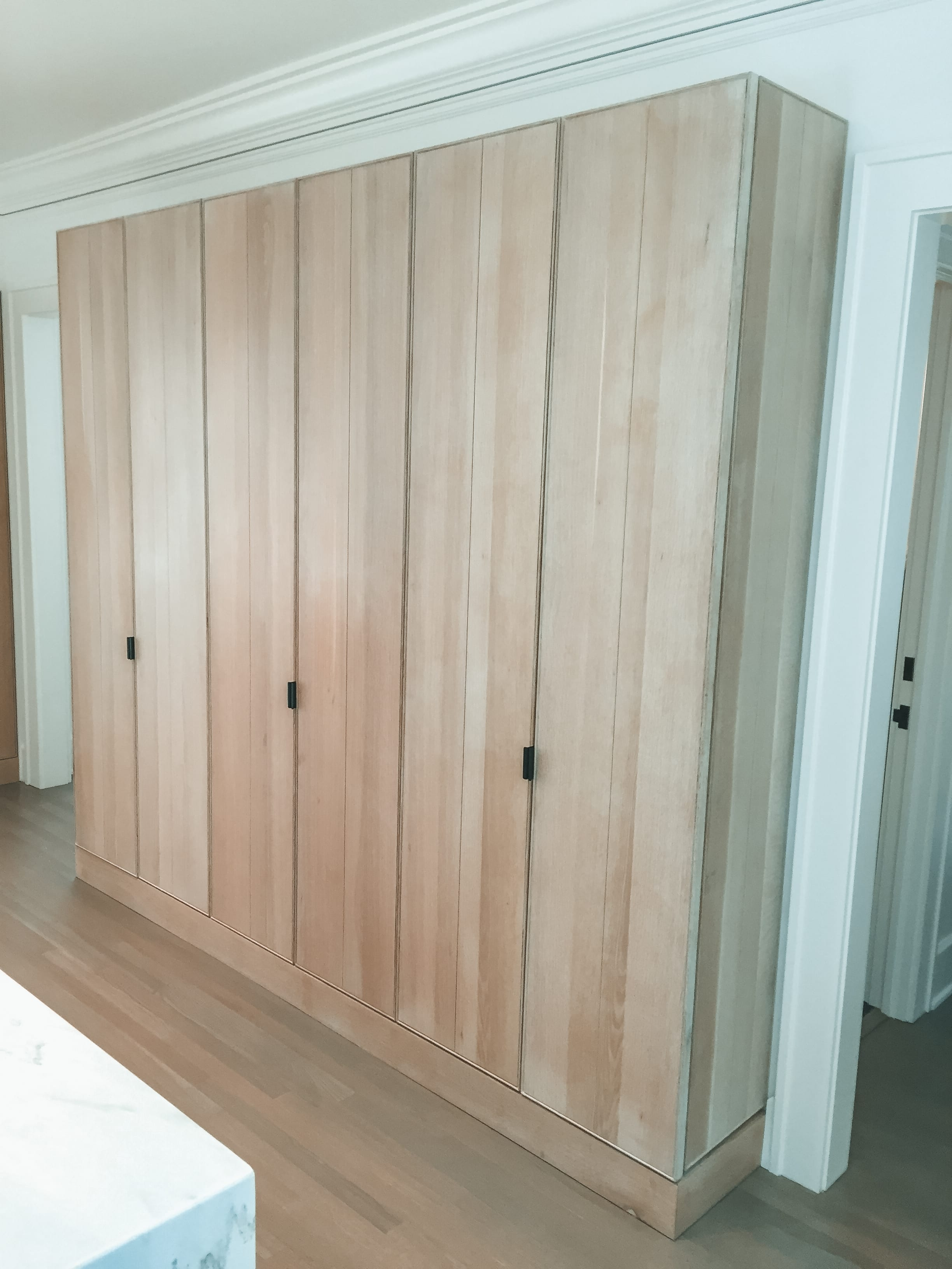 Simple White Oak Kitchen Storage Cabinets