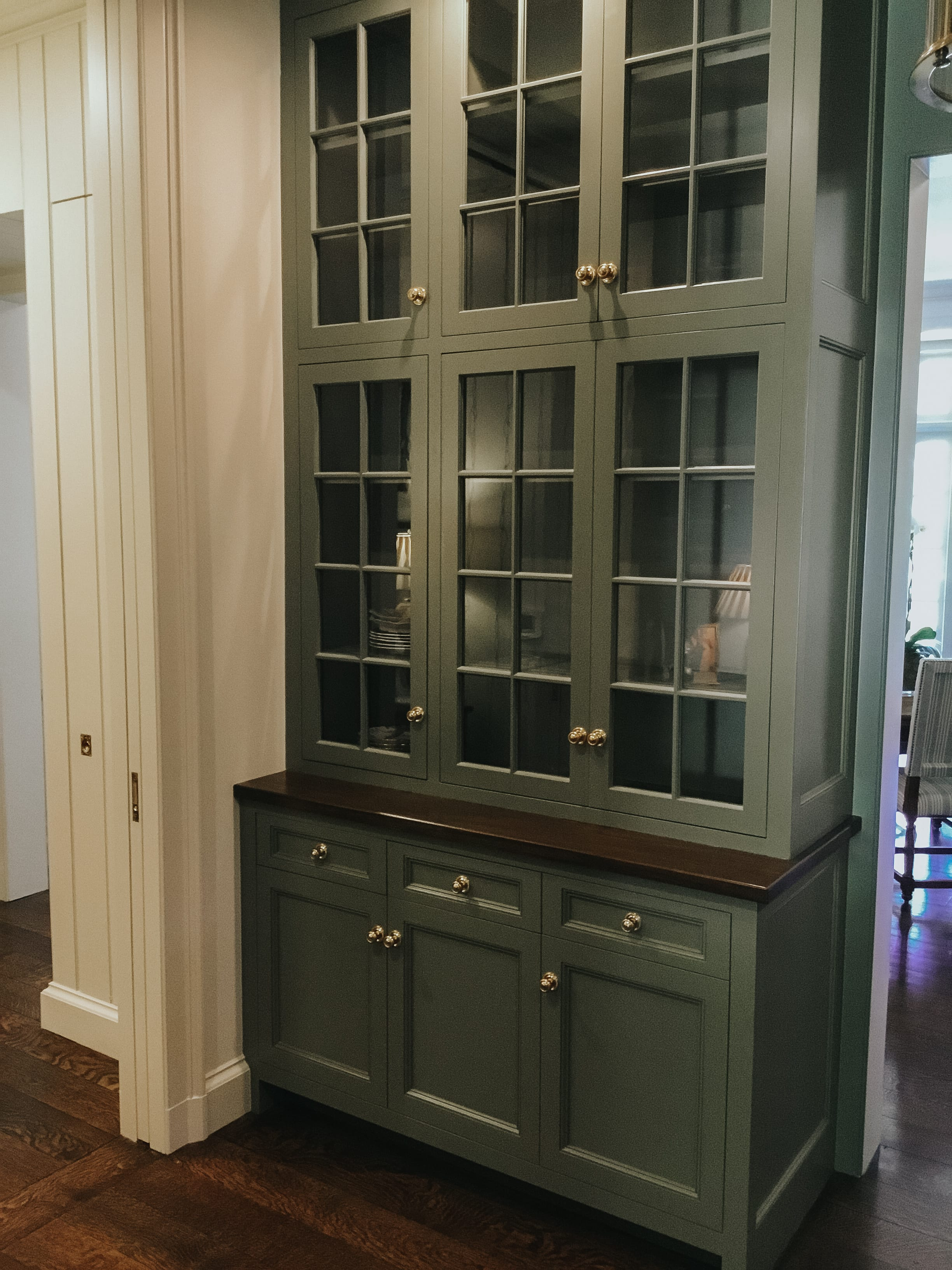 Butlers Pantry Cabinet
