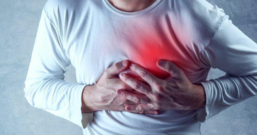 Common symptoms of heart attack and stroke