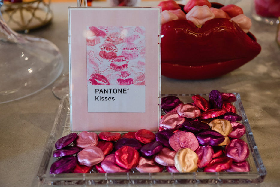 valentines day dessert bar, kisses, candybar couture, candy table
