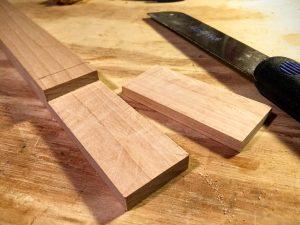 cut straight-headstock