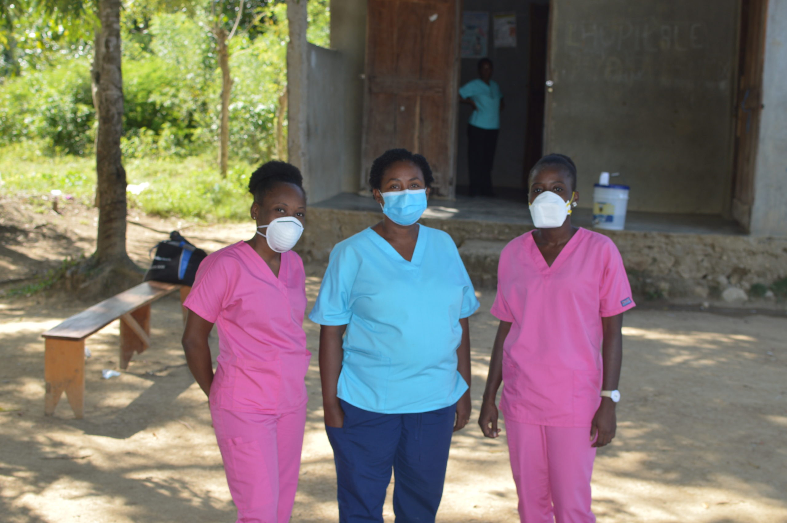 3 Midwives with Covid19 face masks