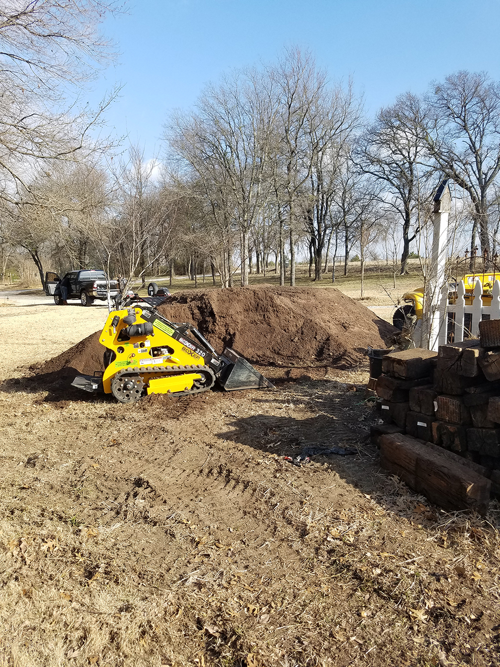 dingo moving loam soil