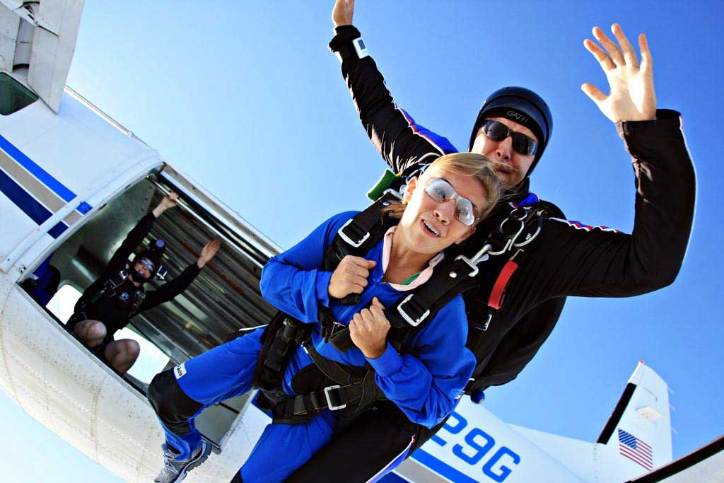 Tandem Skydiving in Ohio, near Indiana & Kentucky | Start