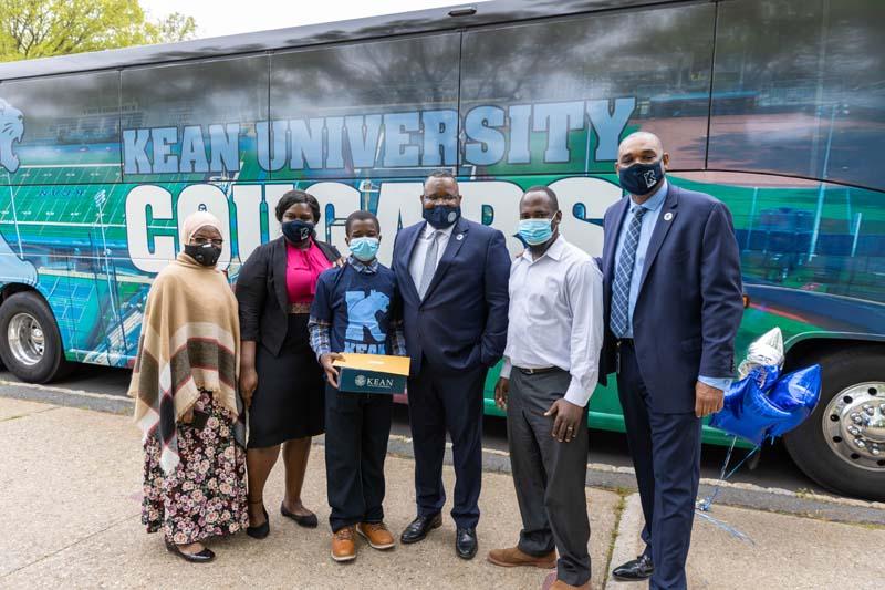 Repollet Bus Tour - Kean Scholars-47