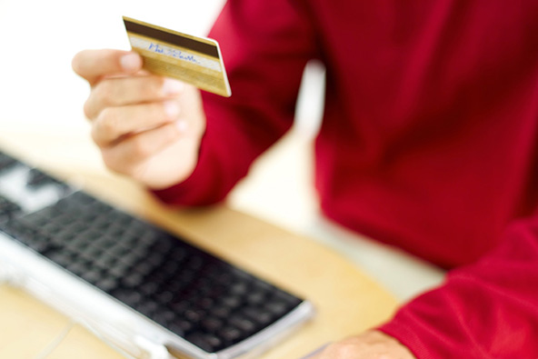 Chargeback Re-Presentment Rights for E-Commerce Merchants