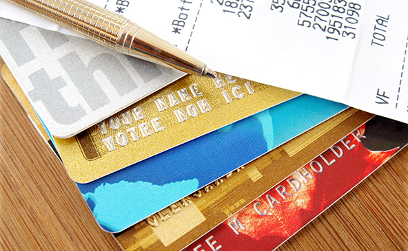 Consumer Credit Card Debt Falls for 27th Consecutive Month