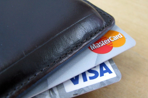 Americans Continue Paying Down Credit Cards before Mortgages