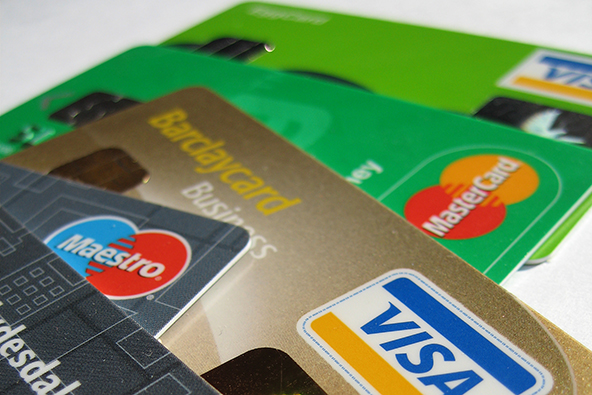 Credit Card Debt Falls in 2011, so Do Credit Scores