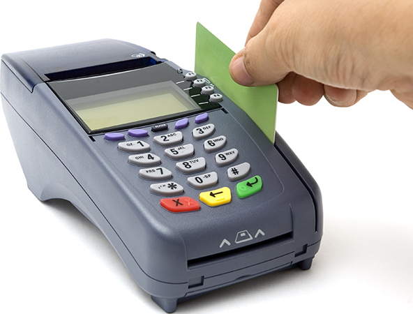 Credit Cards Back in Favor with Americans, Gain Ground on Debit