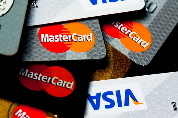 Americans Pile up Some Credit Card Debt for a Change