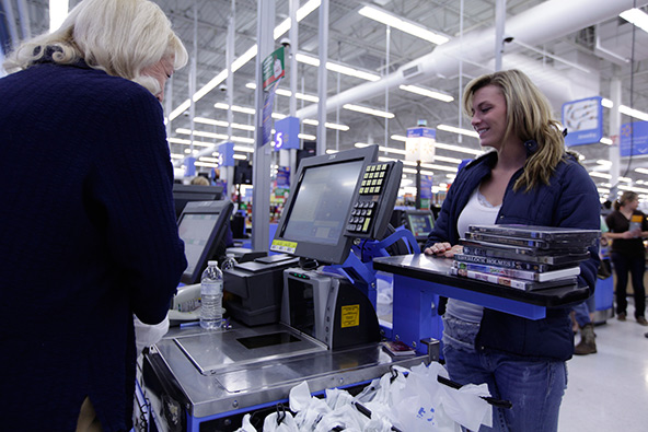 Americans Use Credit Cards More, but Stick to Cash as Well