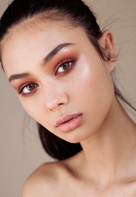 Vitamin C serum for youthful skin   Girlfriend is Better