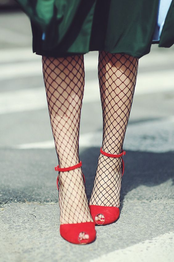 Fishnet stockings for the win! | Girlfriend is Better